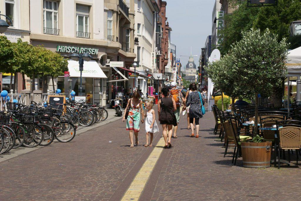Übersichtlich und familiär: Karlsruhe eignet sich gut für einen Wochenendtrip.
