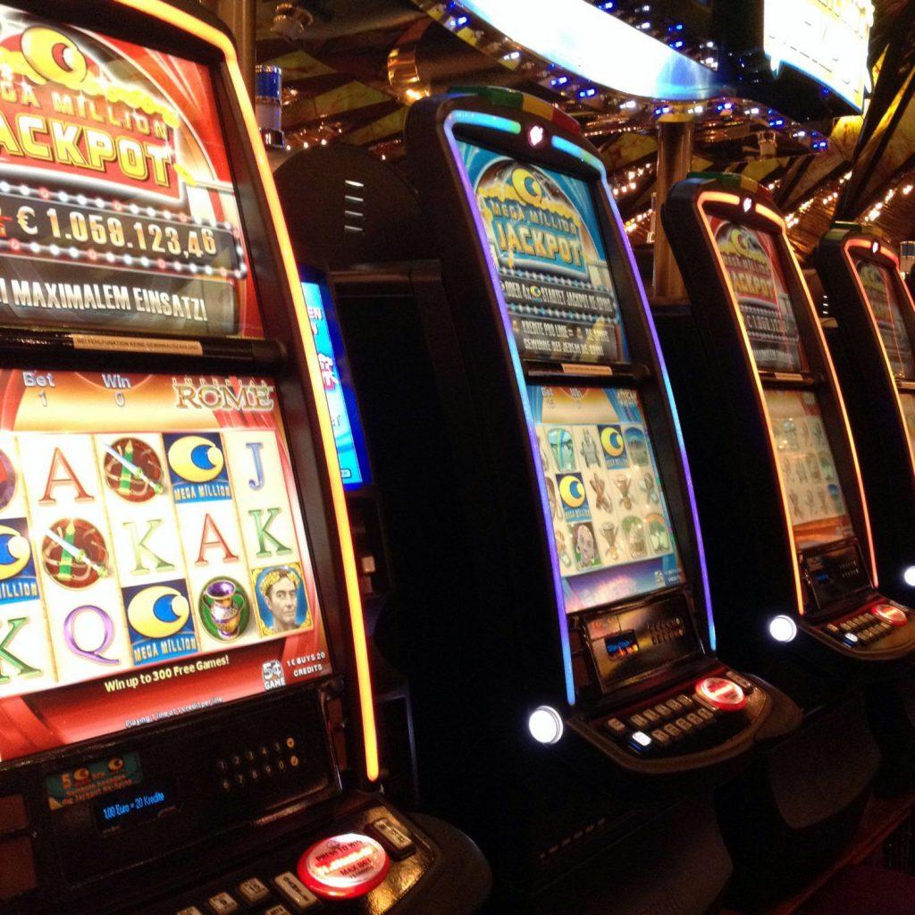 Einarmige Banditen - nicht umsonst haben diese Automaten diesen Namen
